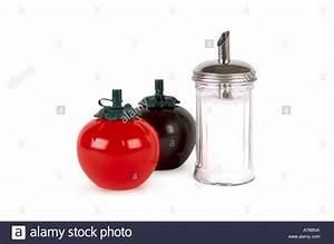 American Diner Wallpaper : cafe condiments sauce containers stock photos cafe condiments sauce containers stock images ~ Orissabook.com Haus und Dekorationen