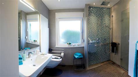 Sanierung Badezimmer Ideen  Design Ideen