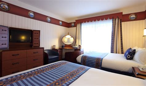 chambre hotel disneyland disney s newport bay refurbishment focus on the