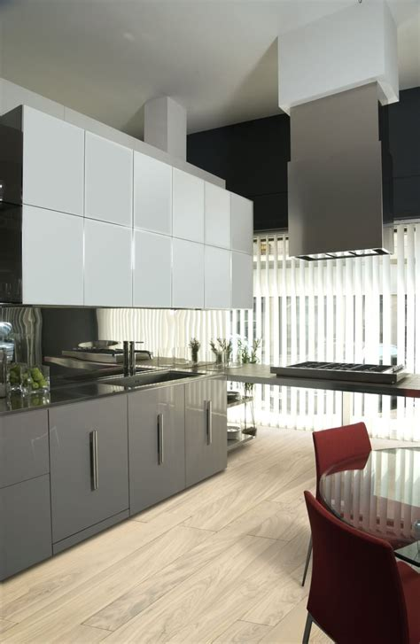 high gloss  matte lacquered kitchen cabinet doors gallery