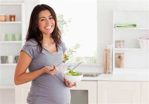 Mencegah Hamil Prematur Pilihan Sehat Makanan Untuk Ibu Hamil Alodokter