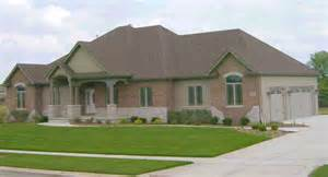Images Ranch Style Brick Homes by Painted Brick Houses With 2016 White Wallpaper Homes