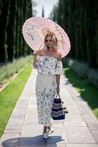 25+ best ideas about Picnic outfits on Pinterest | Yellow sneakers Floral cardigan outfit and ...