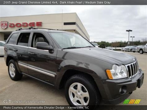 dark gray jeep grand cherokee dark khaki pearl 2005 jeep grand cherokee limited 4x4