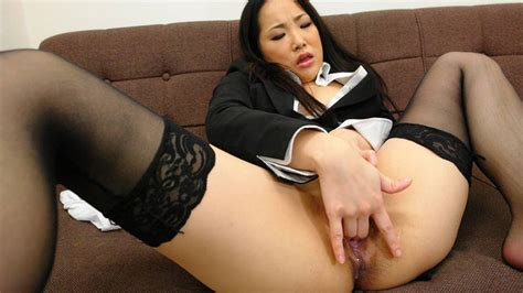 Ai Mizushima In Ai Mizushima Gets Bored In The Office And Ends Up Fingering Herself Avidolz