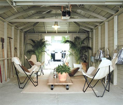 Refresheddesigns Converting A Garage Into Living Space