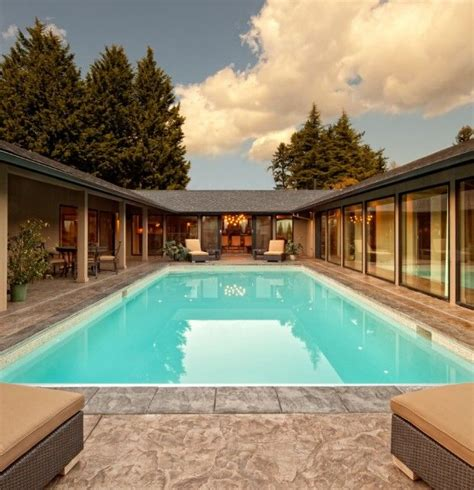 ideas   shaped home design youramazingplacescom courtyard house plans pool