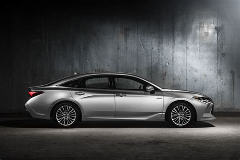 Premium Style And Luxury  Allnew 2019 Toyota Avalon