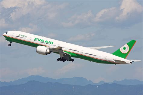 siege boeing 777 300er air air offering discounts to 60 destinations unlimited
