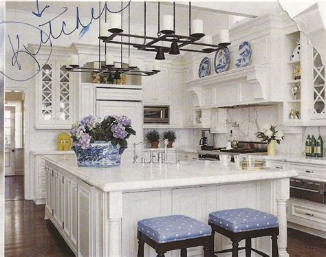 Decorating Ideas For Blue And White Kitchen by Best 25 Blue White Kitchens Ideas On Blue And