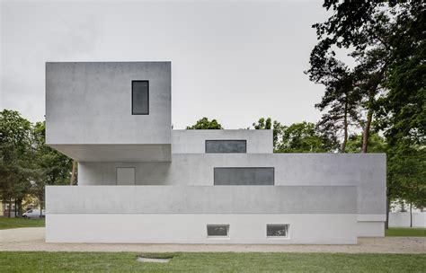 Bauhaus Architektur Einfamilienhaus by Bauhaus Tag Archdaily