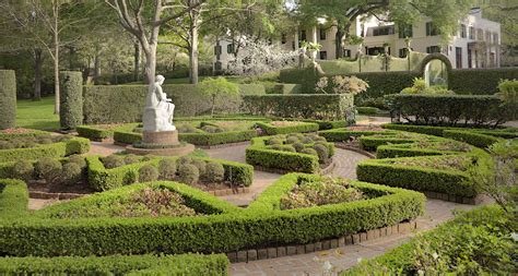 bayou bend gardens thanksgiving weekend at bayou bend 365 things to do in