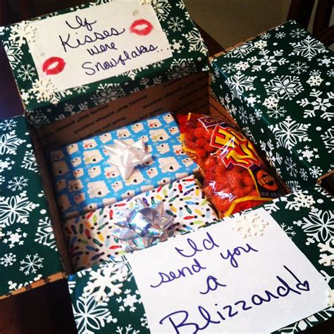 best christmas gifts for soldiers deployed best 25 care package ideas on college boyfriend gifts college gift boxes
