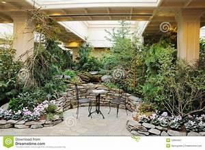 Jardin D Interieur : jardin d 39 int rieur photographie stock libre de droits image 12994457 ~ Dode.kayakingforconservation.com Idées de Décoration