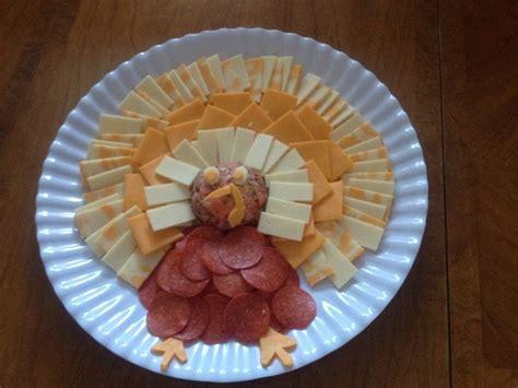 turkey thanksgiving cheese pepperoni platter