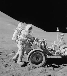 Photo : La mission Apollo 15 lancée en 1971 est la ...