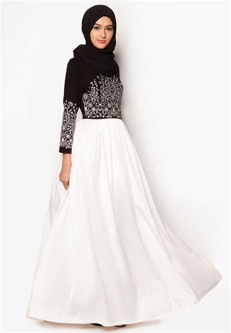 zalia embroidered maxi dress hijab   coverage