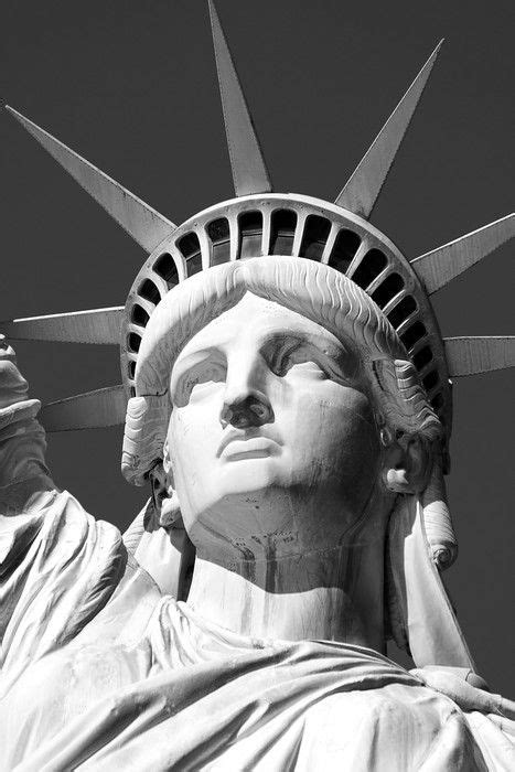statue of liberty Wall Mural • Pixers® - We live to change in 2020 | Statue of liberty drawing