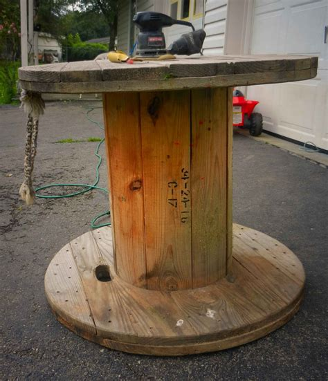 artistic icing wooden spool  table  latest diy