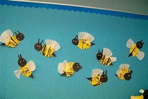 Basteln Mit Fotos : fr hling im kindergarten coole biene aus papier basteln ~ Lizthompson.info Haus und Dekorationen