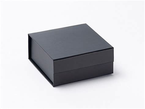 Pack Of 100 Black Small Gift Boxes At Only £270 & Get