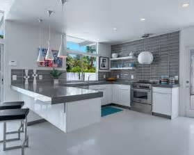 gray kitchen backsplash 76 cozinhas branca e cinza fotos de decoração