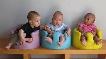 siege pour asseoir bebe le siège bébé bumbo une vraie alternative au transat