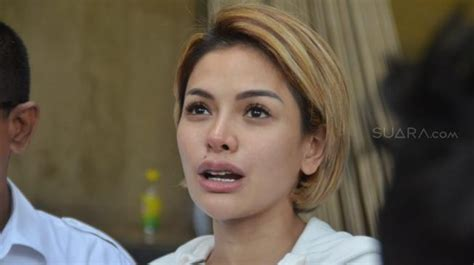 Reaksi Vicky Nitinegoro Diisukan Pacari Nikita Mirzani