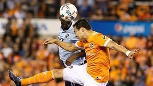 Houston Dynamo vs. Sporting Kansas City - Football Match ...