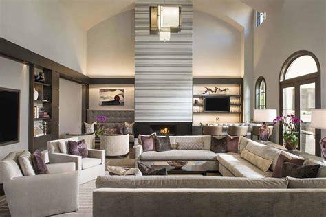 luxurious modern home  striking entertaining spaces