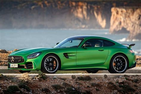 Amg Gt R by Mercedes Amg Gt R Makes Record At Buddh International