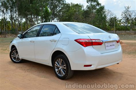 Review Toyota Corolla Altis by 2014 Toyota Corolla Altis Diesel Review Rear Three Quarter