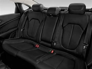 Image: 2016 Chrysler 200 4-door Sedan C FWD Rear Seats