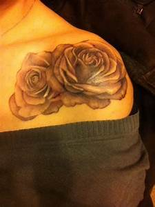 Two Rose Tattoos On Left Shoulder   Realistic rose tattoo ...