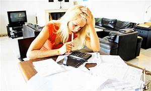 Pay day lenders hitting customers with sneaky fees and