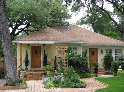 small cottage homes bryker woods homes for real estate