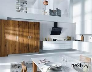 Schwarze Hochglanz Küche : ihre neue next125 k che k chenzeile nx501 mit hochglanz fronten in wei ~ Frokenaadalensverden.com Haus und Dekorationen
