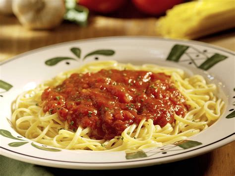 olive garden spaghetti olive garden doesn t salt pasta water business insider