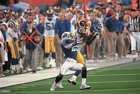 Super Bowl Xxxiv St Louis Rams Isaac Bruce In Action