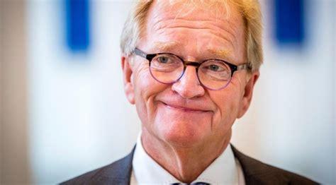 De boer werd donderdag getroffen door een zware hersenbloeding. De Ondernemer   Oud-voorman VNO-NCW Hans de Boer (66 ...