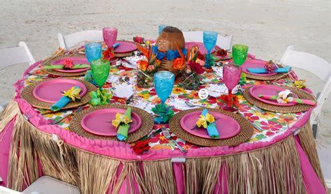 tropical table ls cheap luau table settings top 10 themed rehearsal dinner ideas