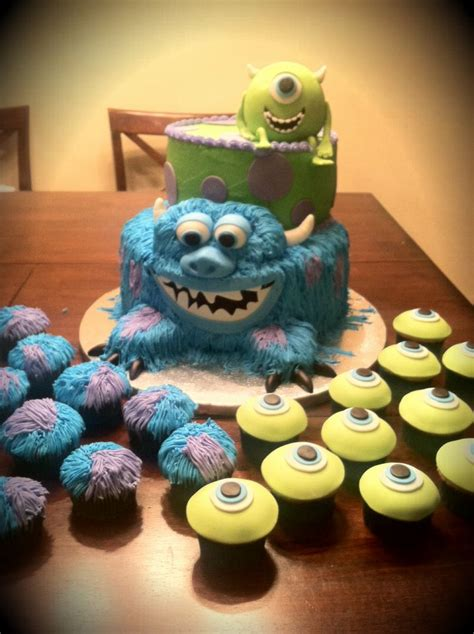 monsters  cake   sully    mike