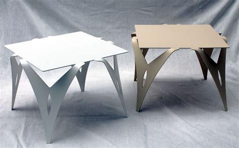 table bout de canapé design table de chevet blanche bout de canapé blanc design