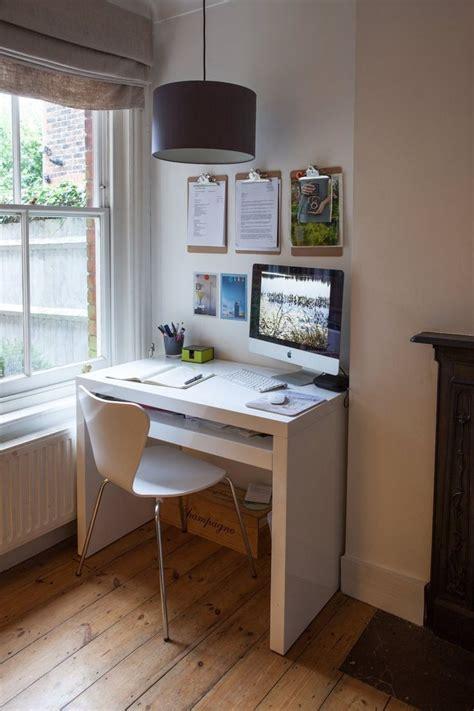small desk space ideas  pinterest small