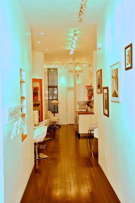 A New Breed Of Upscale Salons Are Transforming The Images Of Harlem - The Harlem Times