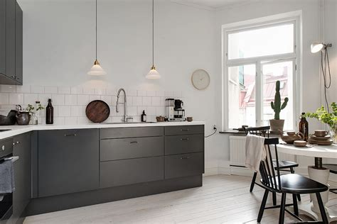 charcoal gray kitchen cabinets charcoal kitchen cabinets photos quicua com