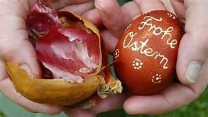 Eier Natürlich Färben : ostereier f rben mit zwiebelschalen sat 1 ratgeber ~ A.2002-acura-tl-radio.info Haus und Dekorationen