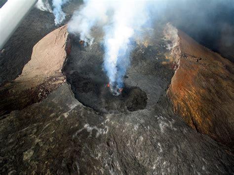 Vulcan island (203.19 hectares) is part of the vulcan islands, in the bonaparte archipelago, off the kimberley coast of north western australia. Vulkan Pu u oo auf Big Island Hawaii Foto & Bild ...
