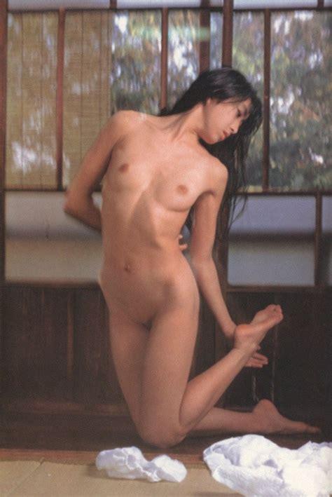 Hiromoto Satomi Nude Joss Picture Erotic Girls
