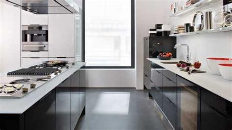 cuisine plan de travail noir cuisine noir plan de travail blanc